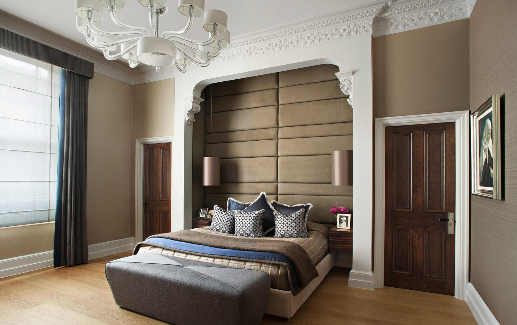kensington mansion flat - bedroom with built in headboard