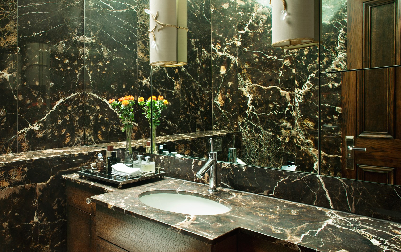 kensington mansion flat - bathroom marble and mirrors