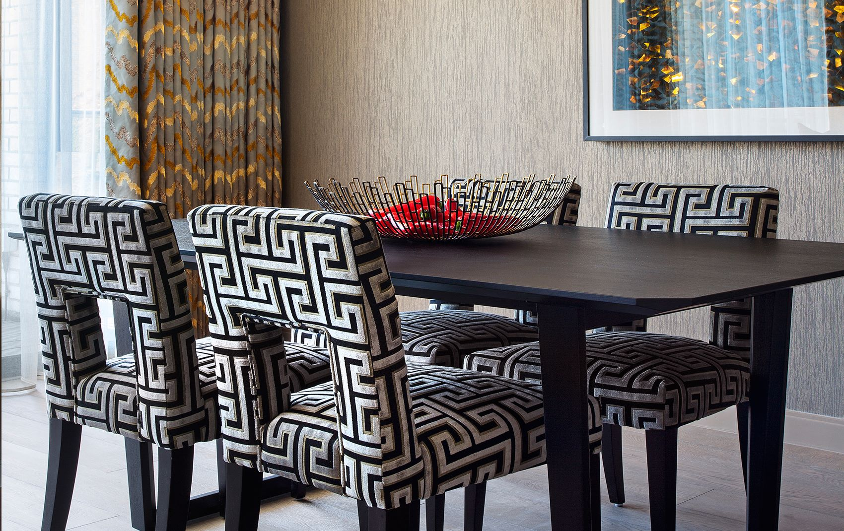 campden hill apartment - dining room table and chairs