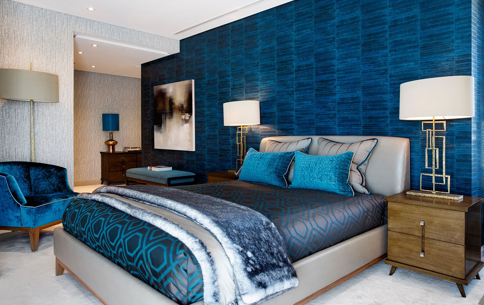 campden hill apartment - blue bedroom