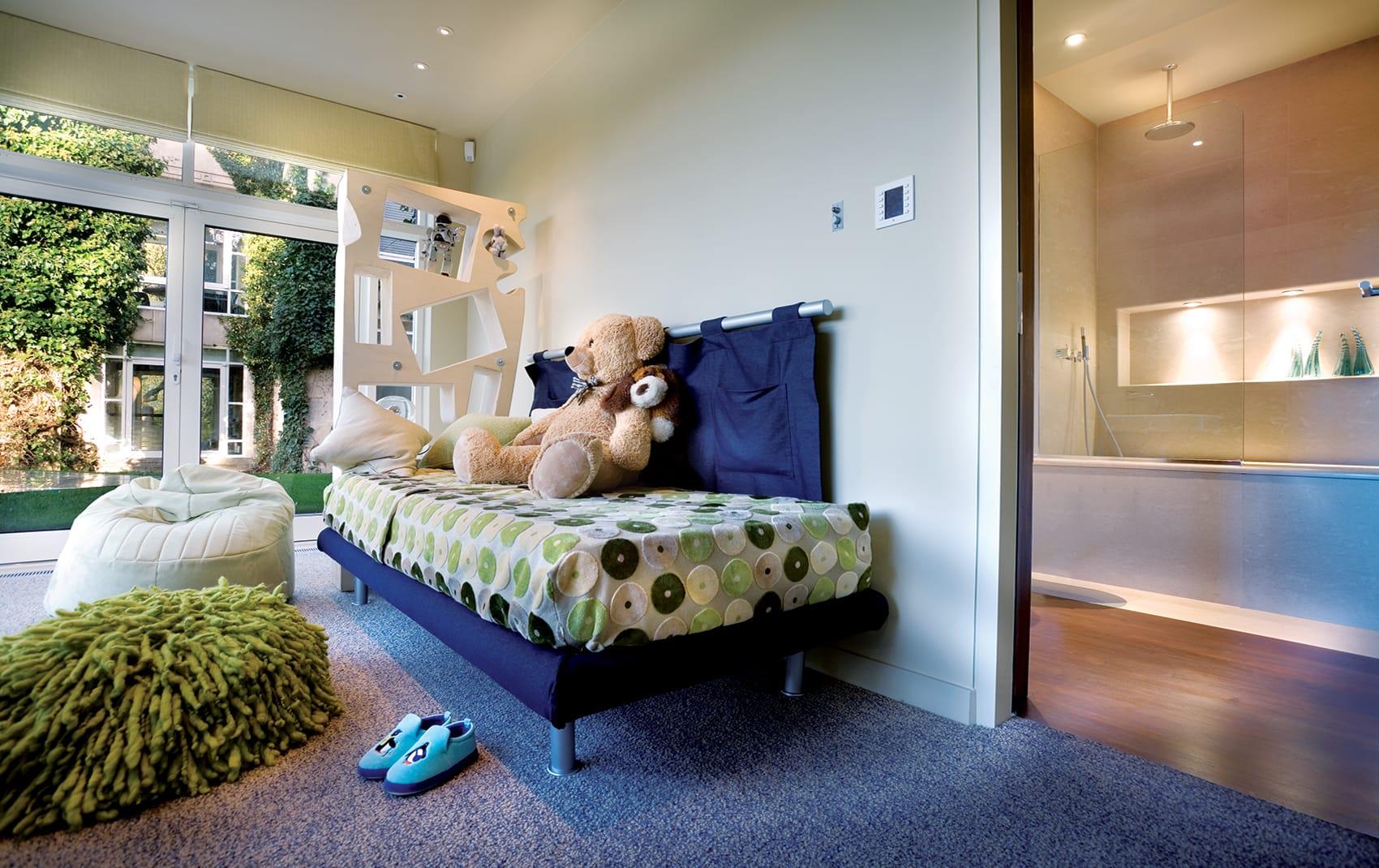 luxury kids room